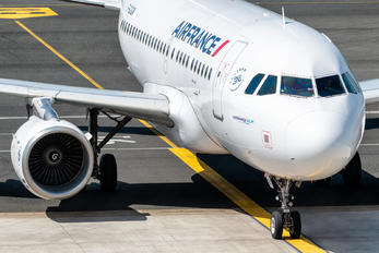 F-GUGN - Air France Airbus A318