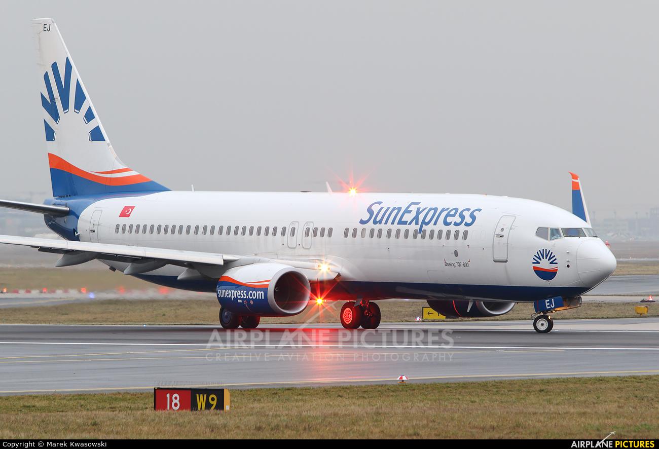 SunExpress TC-SEJ aircraft at Frankfurt