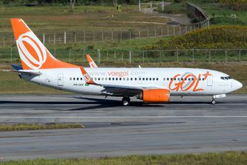 PR-GEE - GOL Transportes Aéreos  Boeing 737-700
