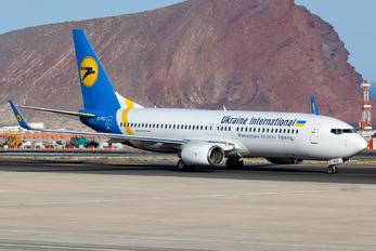 UR-PSZ - Ukraine International Airlines Boeing 737-86J