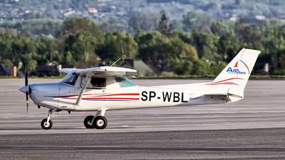SP-WBL - - Airport Overview Cessna 152