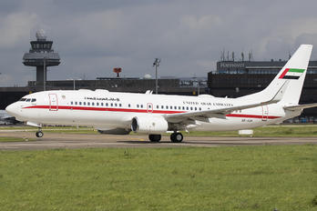 A6-AUH - United Arab Emirates - Government Boeing 737-800 BBJ