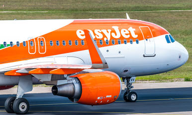 OE-IVV - easyJet Europe Airbus A320