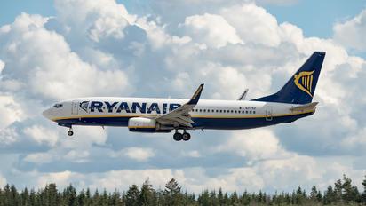 EI-EVZ - Ryanair Boeing 737-800