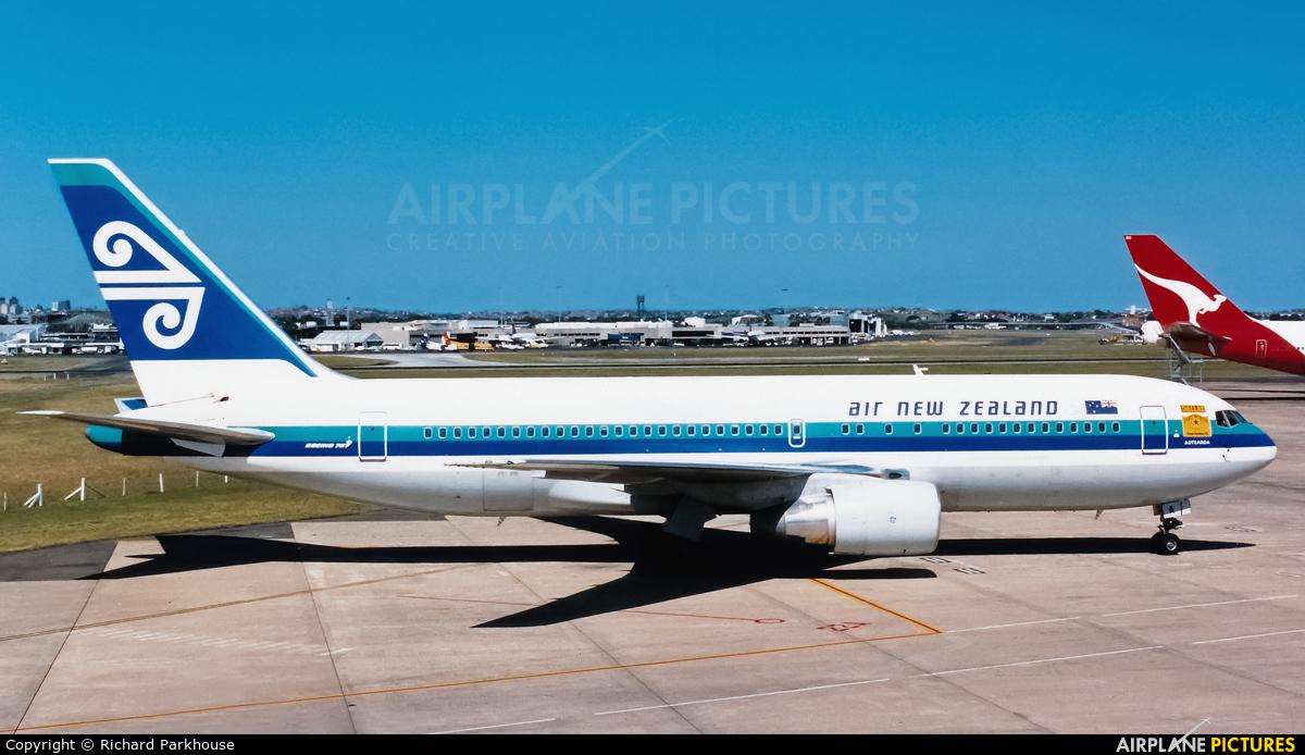 Air New Zealand ZK-NBA aircraft at Sydney - Kingsford Smith Intl, NSW