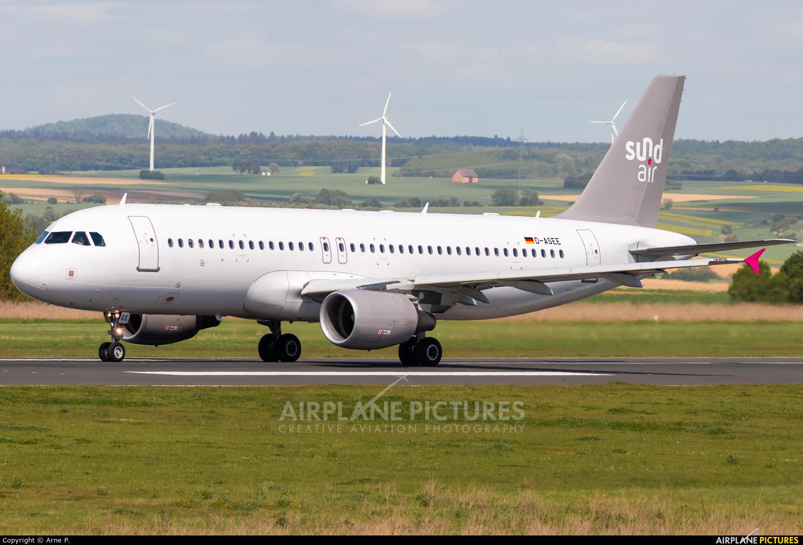 Sundair D-ASEE aircraft at Kassel-Calden