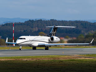 N203JE - Private Bombardier BD-700 Global Express