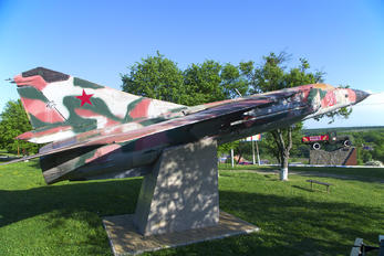 21 - Russia - Air Force Mikoyan-Gurevich MiG-23MLD