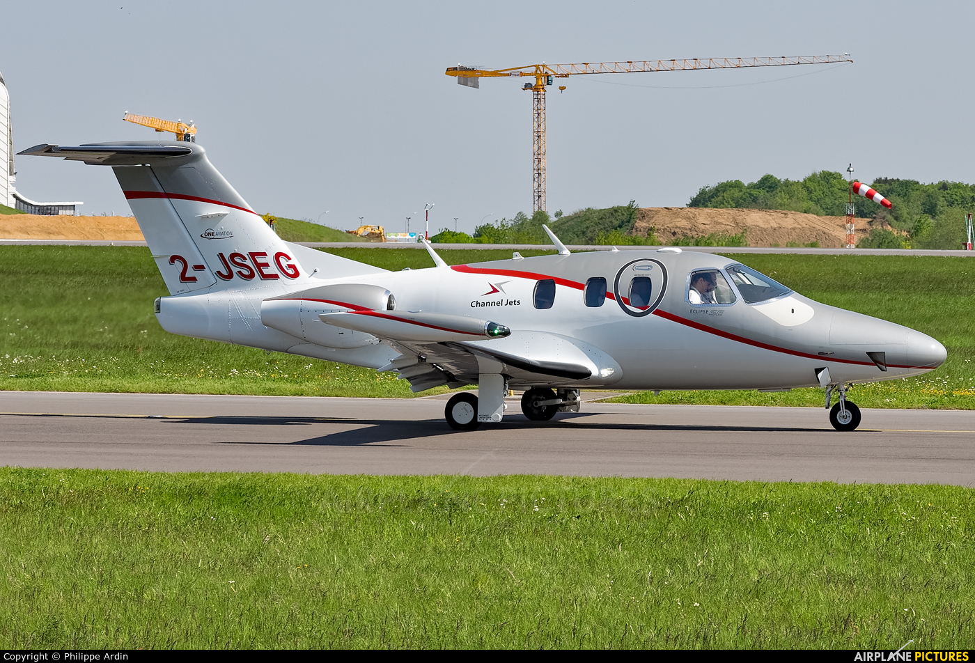 Private 2-JSEG aircraft at Luxembourg - Findel
