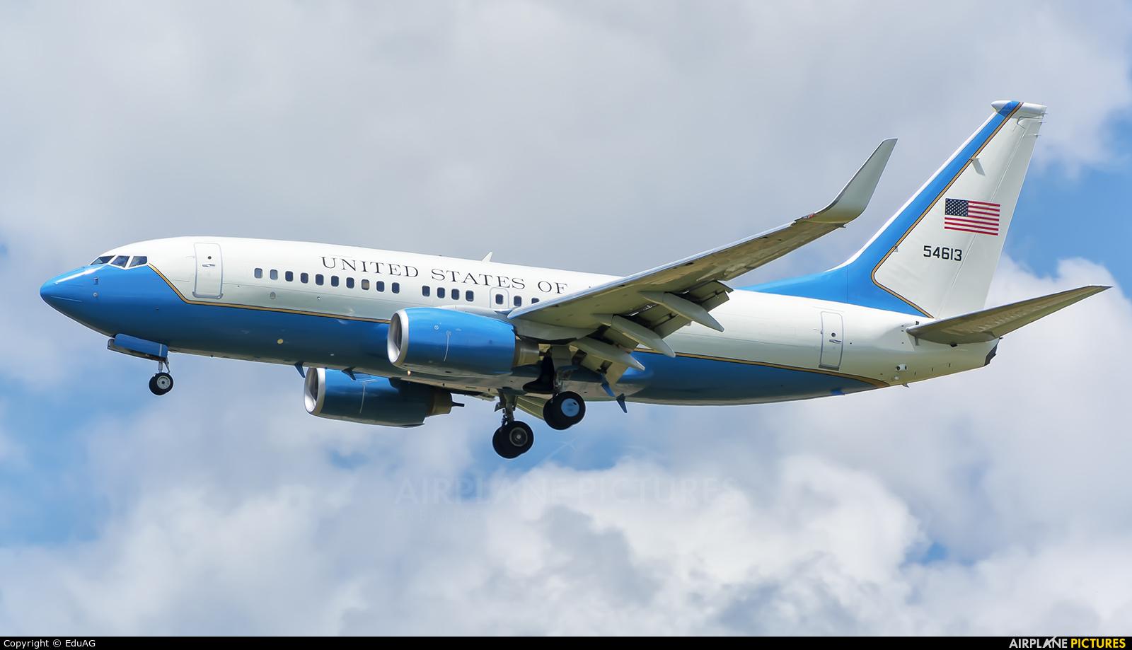 USA - Air Force 05-4613 aircraft at Madrid - Torrejon