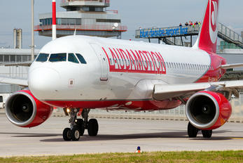 OE-LOC - LaudaMotion Airbus A320