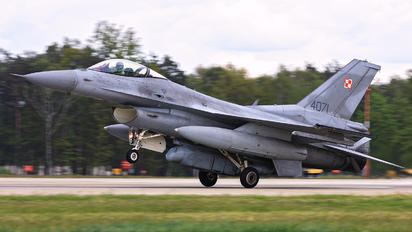 4071 - Poland - Air Force Lockheed Martin F-16C block 52+ Jastrząb