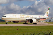 Etihad Airways A6-ETE image