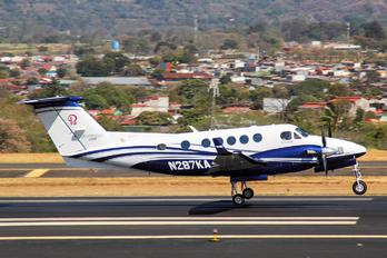 N287KA - Private Beechcraft 250 King Air