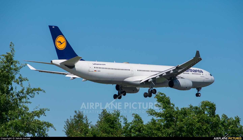 Lufthansa D-AIKH aircraft at Warsaw - Frederic Chopin