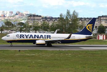EI-EKM - Ryanair Boeing 737-800