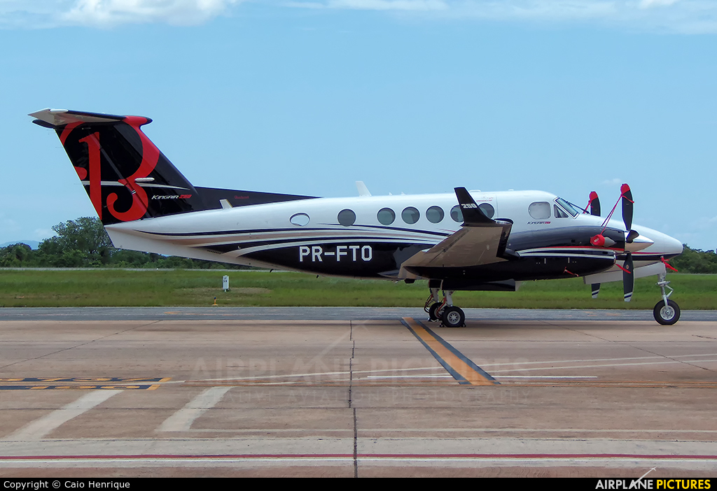 Private PR-FTO aircraft at Cuiabá - Marechal Rondon