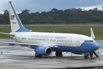 50730 - USA - Air Force Boeing C-40C
