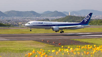 JA609A - ANA - All Nippon Airways Boeing 767-300ER
