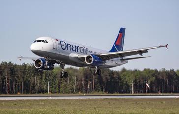 TB-CBJ - Onur Air Airbus A320