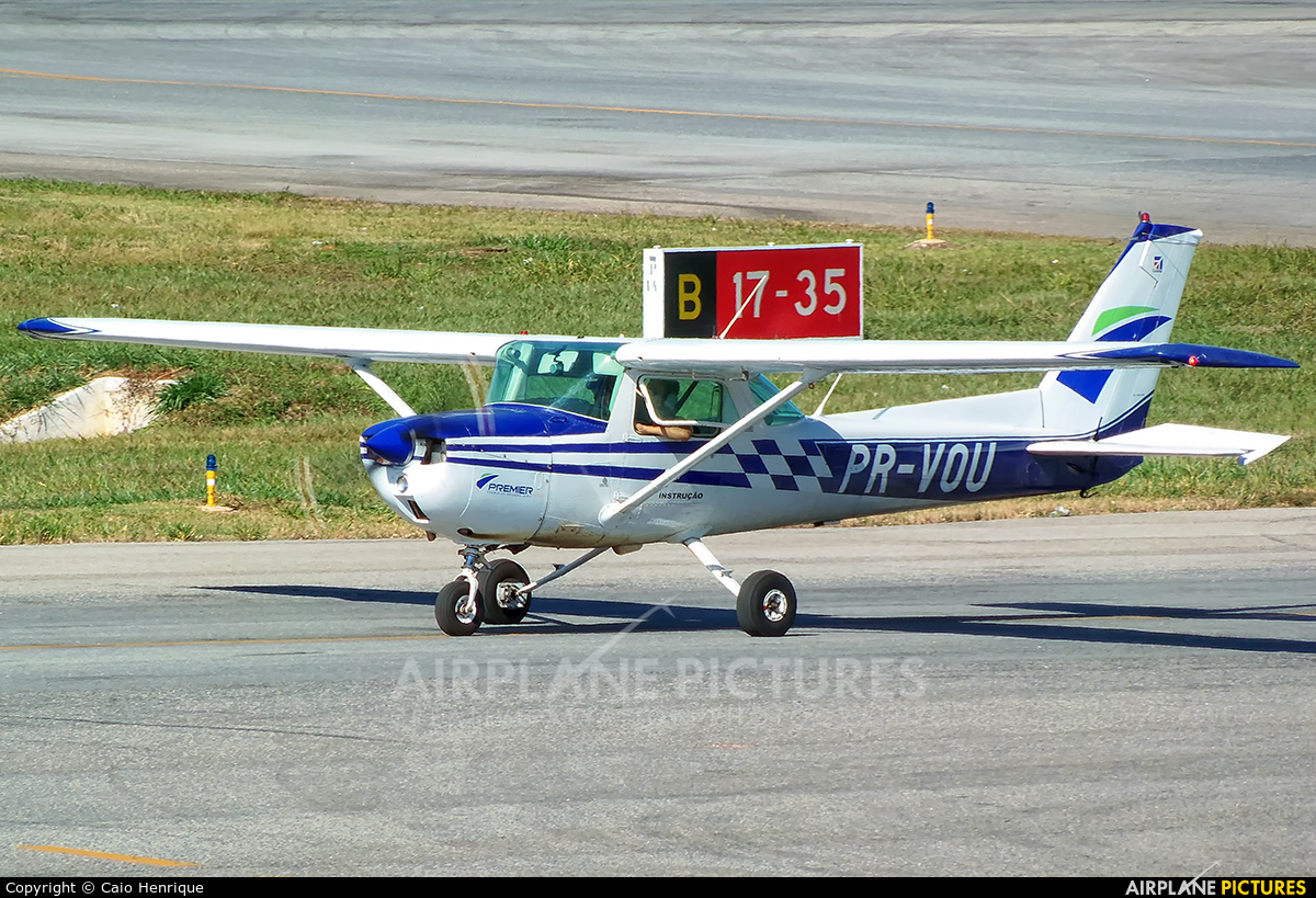 Private PR-VOU aircraft at Cuiabá - Marechal Rondon