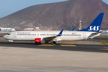 LN-RGE - SAS - Scandinavian Airlines Boeing 737-800