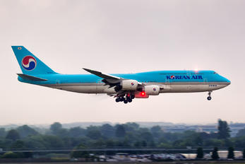 HL7644 - Korean Air Boeing 747-8
