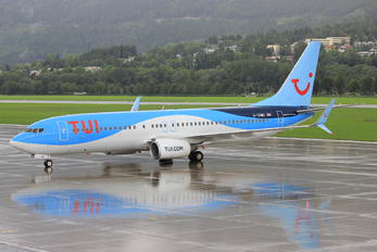 G-TAWD - TUI Airways Boeing 737-800