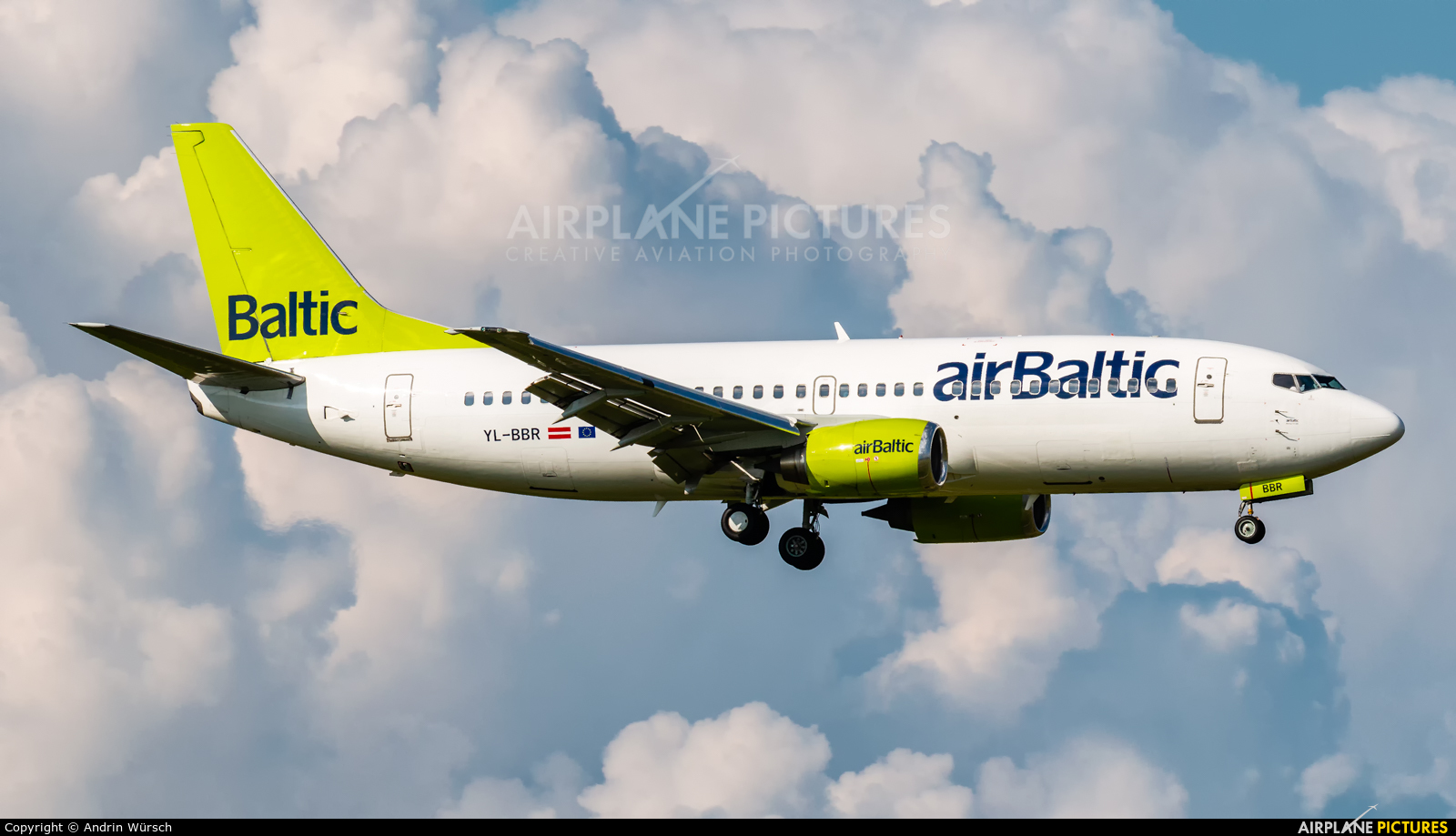 Air Baltic YL-BBR aircraft at Zurich