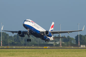 G-EUYT - British Airways Airbus A320