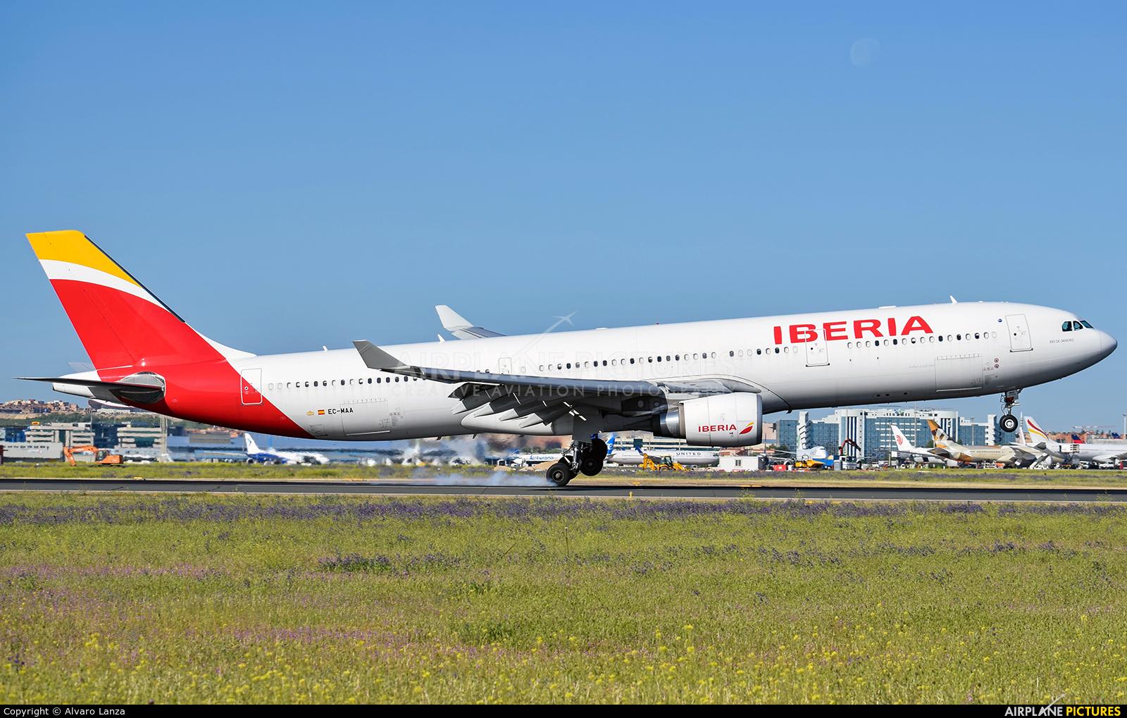 Iberia EC-MAA aircraft at Madrid - Barajas