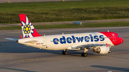 HB-IHX - Edelweiss Airbus A320