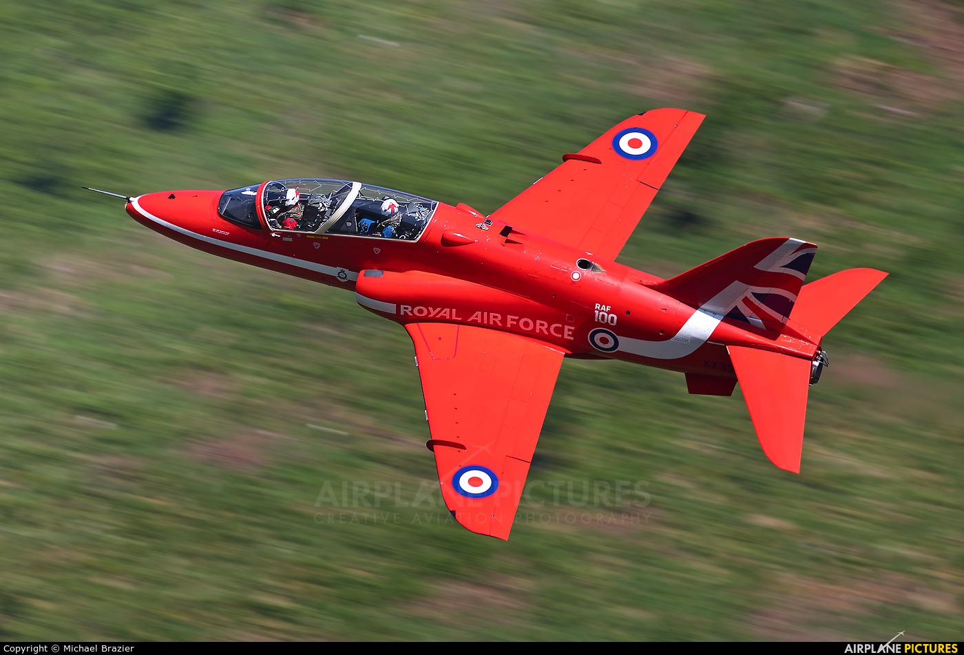 "Royal Air Force ""Red Arrows"" XX322 aircraft at Machynlleth Loop - LFA 7"