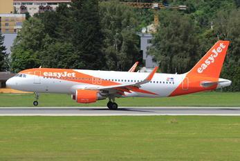 OE-IZL - easyJet Europe Airbus A320