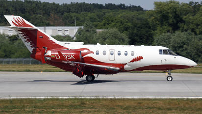 LY-DSK - Classic Jet Hawker Beechcraft 850XP