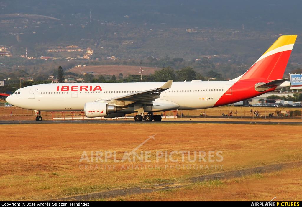 Iberia EC-MJT aircraft at San Jose - Juan Santamaría Intl