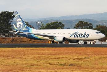 N565AS - Alaska Airlines Boeing 737-800
