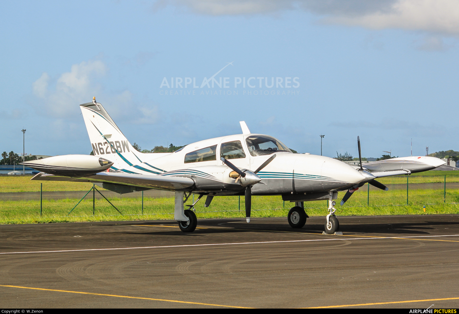 Private N628BW aircraft at Guadeloupe - Pointe-à-Pitre