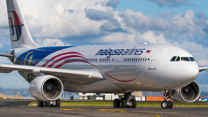 9M-MTX - Malaysia Airlines Airbus A330-200