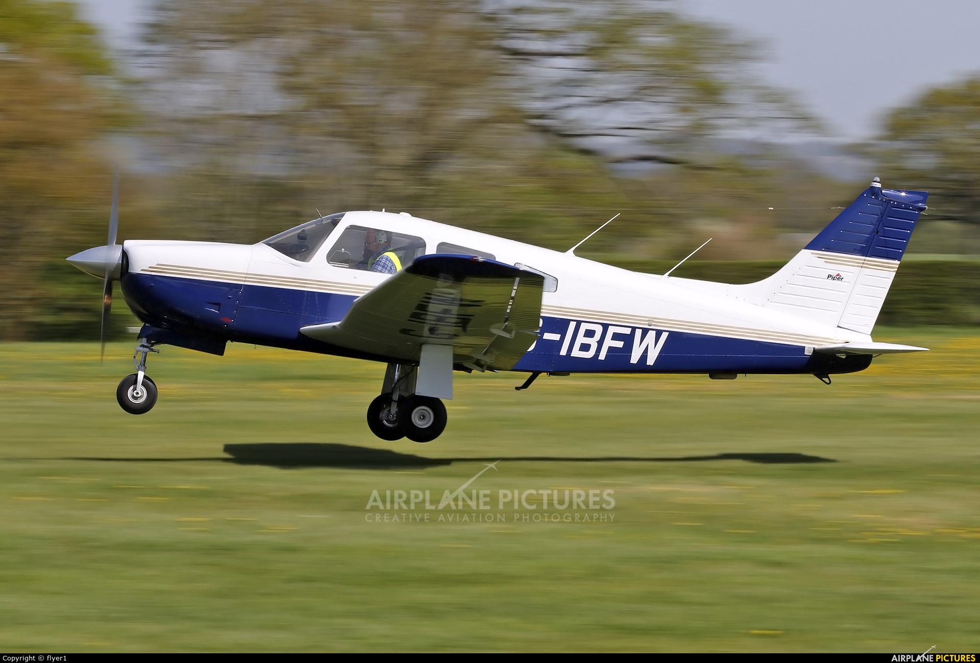 Private G-IBFW aircraft at Lashenden / Headcorn