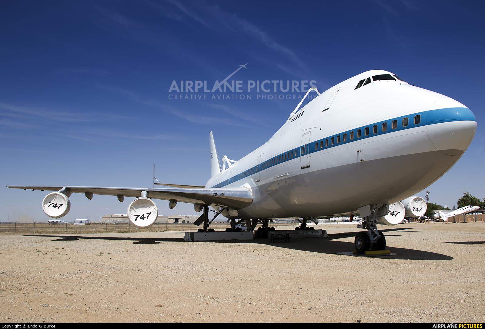 NASA N911NA aircraft at Palmdale Regional