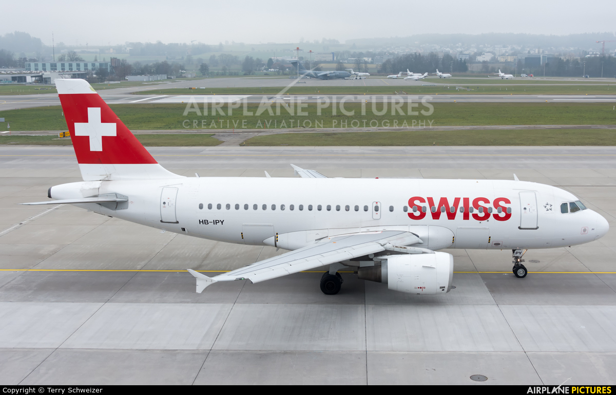 Swiss HB-IPY aircraft at Zurich