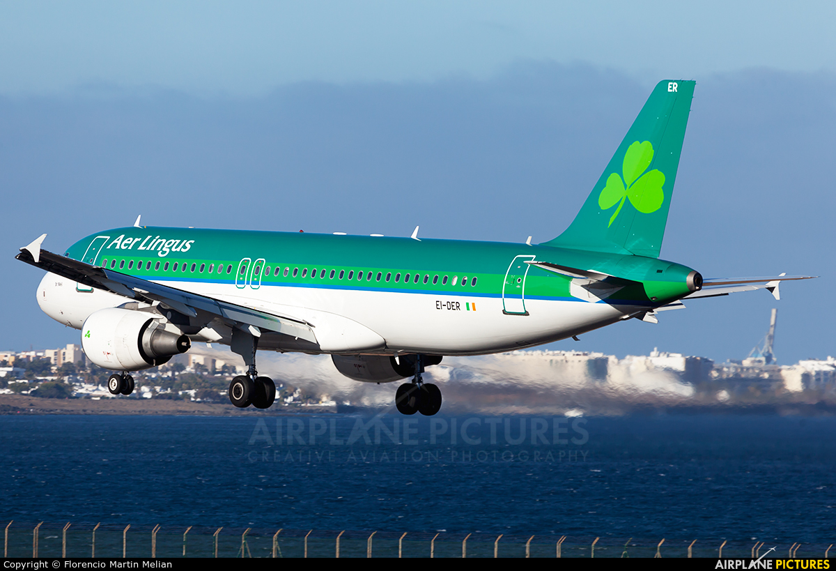 Aer Lingus EI-DER aircraft at Lanzarote - Arrecife