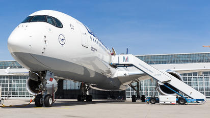 D-AIXB - Lufthansa Airbus A350-900