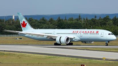 C-FRSA - Air Canada Boeing 787-9 Dreamliner