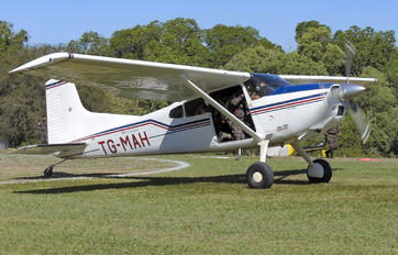 TG-MAH - Private Cessna 185 Skywagon