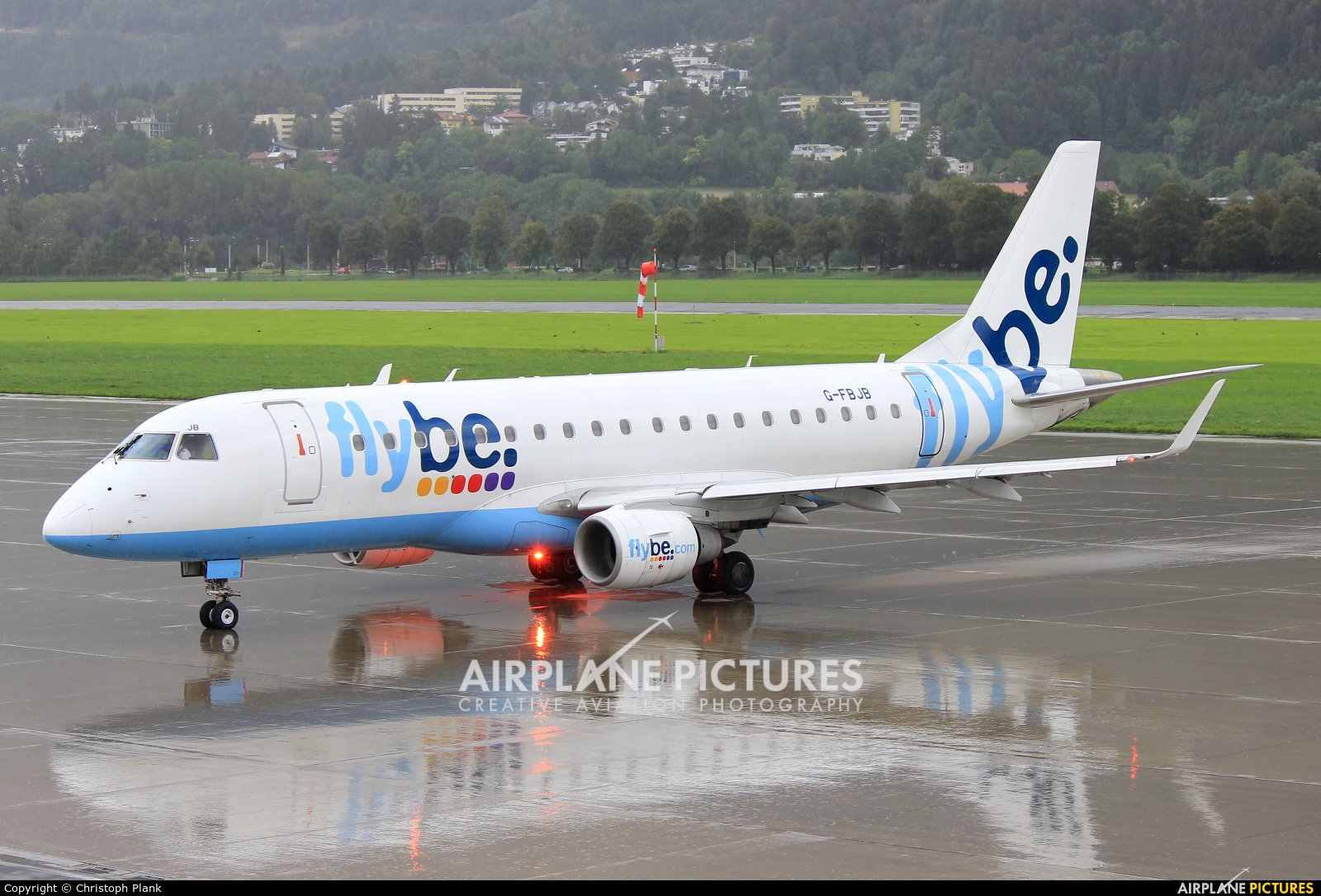 Flybe G-FBJB aircraft at Innsbruck