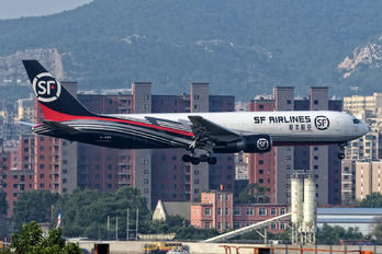 B-1589 - SF Airlines Boeing 767-300F