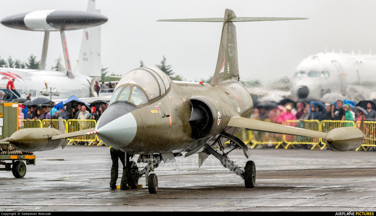 Private LN-STF aircraft at Aalborg