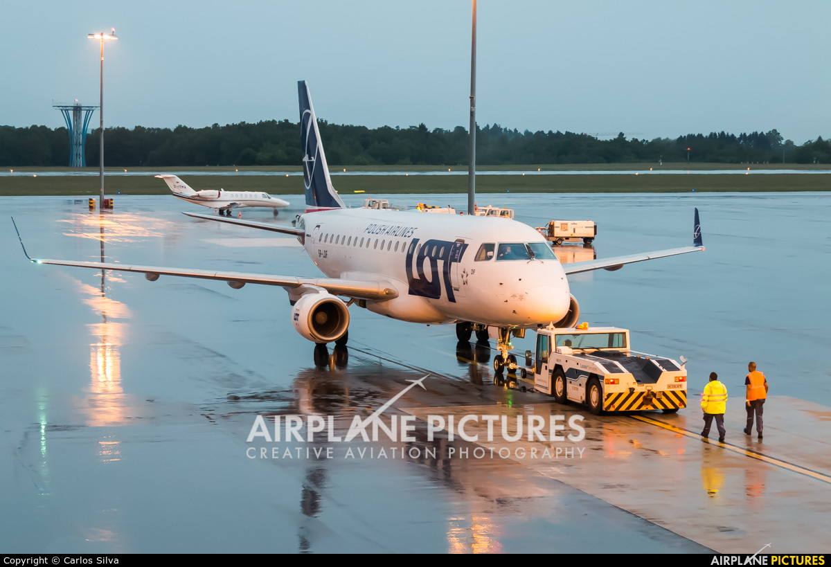 LOT - Polish Airlines - aircraft at Luxembourg - Findel